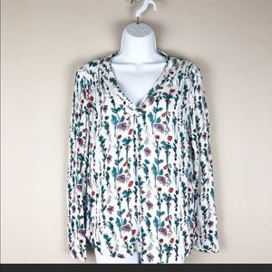 Hinge size M, floral long sleeve top